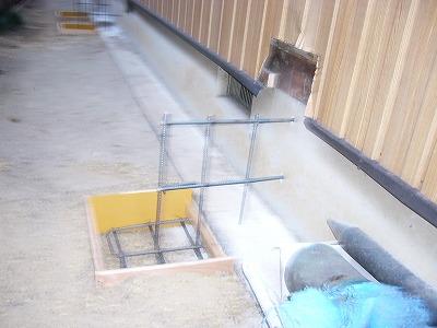 基礎配筋工事です。壁量が足りない場合壁を新たに作ります。アンカーを打ちしっかりした基礎を作っていきます!!