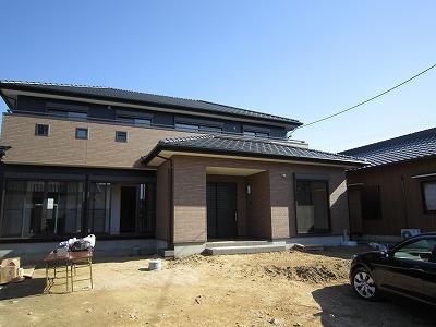自然素材の二世帯住宅